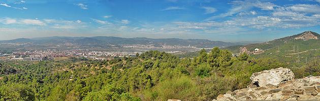 La Vall de Sant Feliu i el Puig Olorda des de Penya del Moro